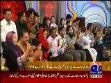 Shahid Afridi_s Family in Geo Inaam Ghar