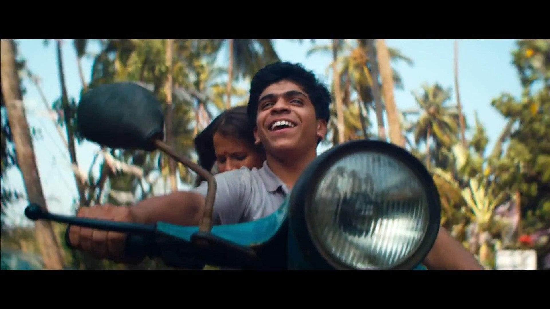 Родина - Трейлер 2015 (HD) (в кинотеатрах с 15 октября)