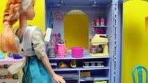 Elsa and Anna Work At a Barbie Bakery Disney Frozen Dolls Treats DisneyCarToys