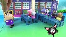 Свинка Пеппа и рыбка Голди на конкурсе домашних питомцев. Мультики из игрушек