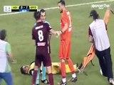 Fußball sehr lustig Verletzten Spieler in Griechenland
