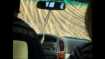 off road tour in Dubai desert - Hummer H3 crash