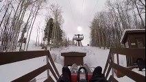 Mieux que les montagnes russes : descente d'une piste de ski sur un karting sur rail!