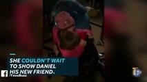 Il fond en larmes lorsque sa petite sœur lui offre un hamster qu'elle a elle-même acheté