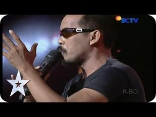 Hadi Suwarno Singing Dangdut with His Funny Moves - Audition 1 - Indonesia's Got Talent