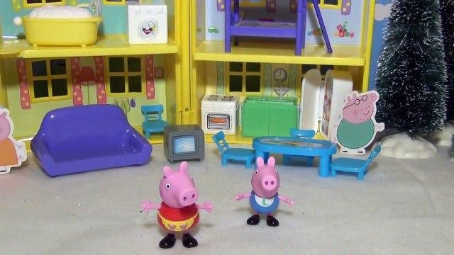 PEPPA PIG Nickelodeon Peppa Peek n Surprise Playhouse BBC Peppa Pig Toy Playset Peppa Toy