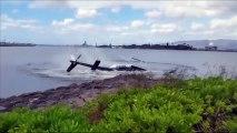Impressionnant crash d'hélicoptère à Hawaï