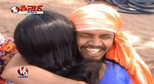 fake baba, Kissing Baba  Sanjeev Baba