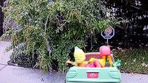 Disney FROZEN Elsa and Annas Road Trip to PLAY DOH Beach Queen Elsa Pranks Princ