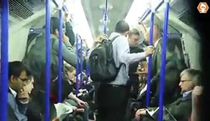 What a Brave Muslim Did When Beautiful Girl Harrased By A Man in Train