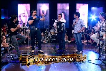 Don & Juan cantam sucessos no programa