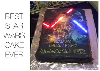 This Star Wars Cake Has Glowing Lightsabers