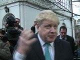 Royaume Uni: Cameron devant le parlement pour défendre son accord pro-UE