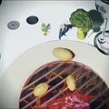 smart resturant technology - entertaining customer with hologram technology before food