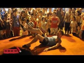 Bóng đá nghệ thuật Đỗ Kim Phúc và Tây | BĐNT
