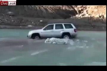 LiveLeak - crossing fail car swept in fast flowing water -