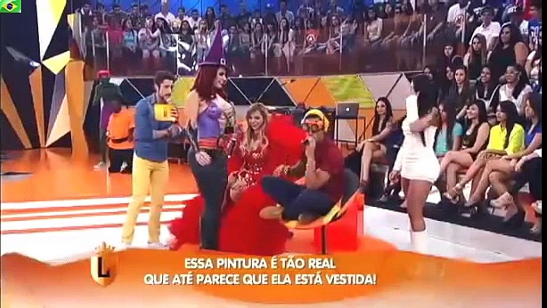 Brazilian woman prank big ass Big Ass Brazilian Tv Show Halloween 2013 Video Dailymotion
