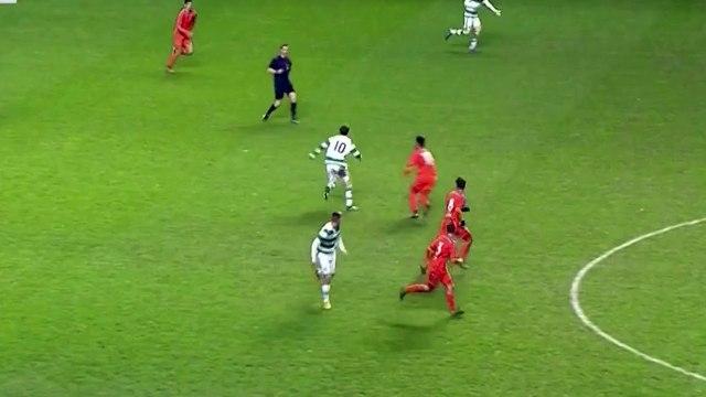 Une simulation vraiment ridicule ! (en fait il s'est fait les croisés) - Football.co