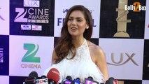 Esha Gupta in White Gown at Zee Cine Awards 2016 - Bollywood Celebs