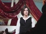 """Le Rouge et Le Noir : Making-of du clip """"La Gloire à Mes Genoux"""""""