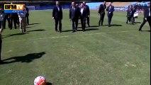 Argentine : François Hollande marque un but … dans des cages sans gardien  !