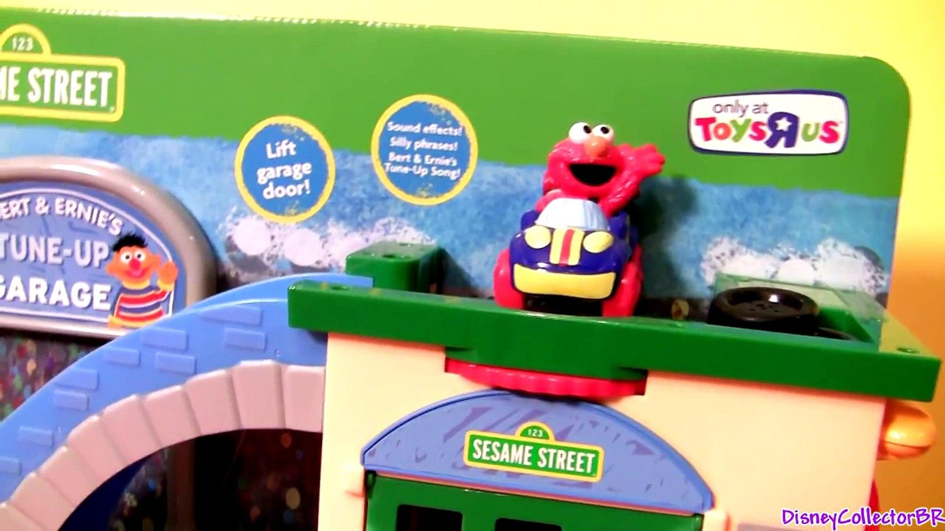 Sesame Street Tune-Up Garage Shop Race Cars Cookie Monster Elmo Mater Luigi Guido by Disne