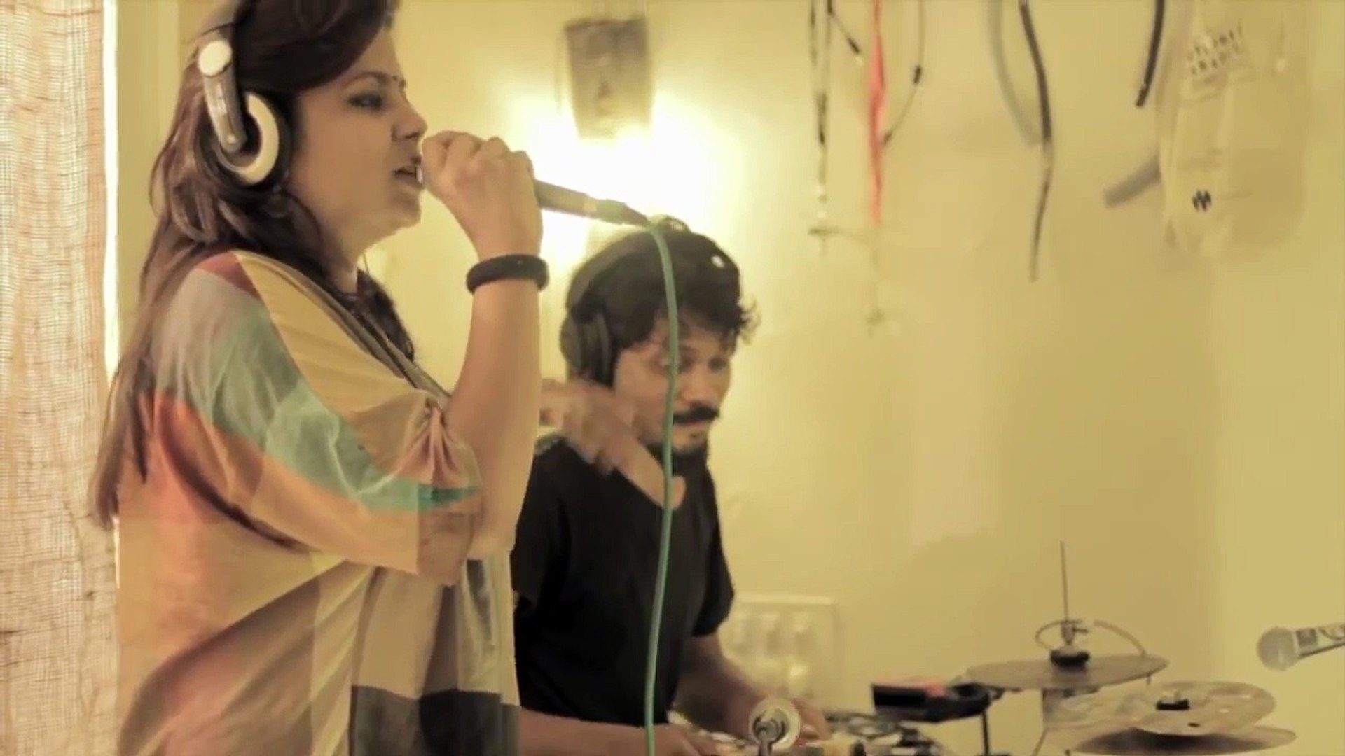 Pipe Grooves Thaalavattam & MC Kaur :: Treasure hunter :: Acoustic junk pipe bass synth