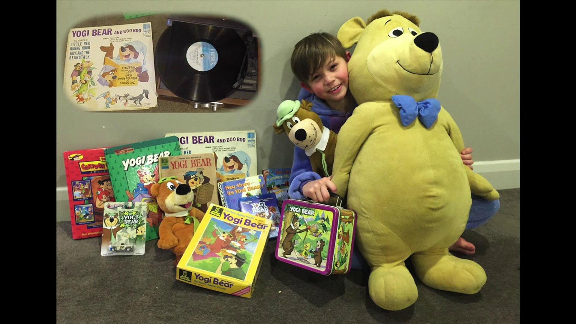 Yogi Bear & Boo Boo tell stories of Jack & the Beanstalk