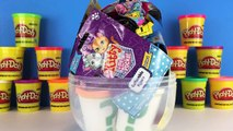 GIANT SNOOPY Surprise Egg - Play Doh, The Peanuts Movie, Charlie Brown Funko Pop