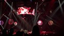 Muse concert Paris 27-02-16 -supermassive black hole