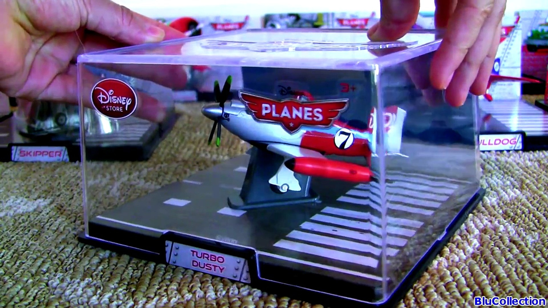 Disney Store Planes Collector Display Case NED Die Cast 1:43 scale NEW