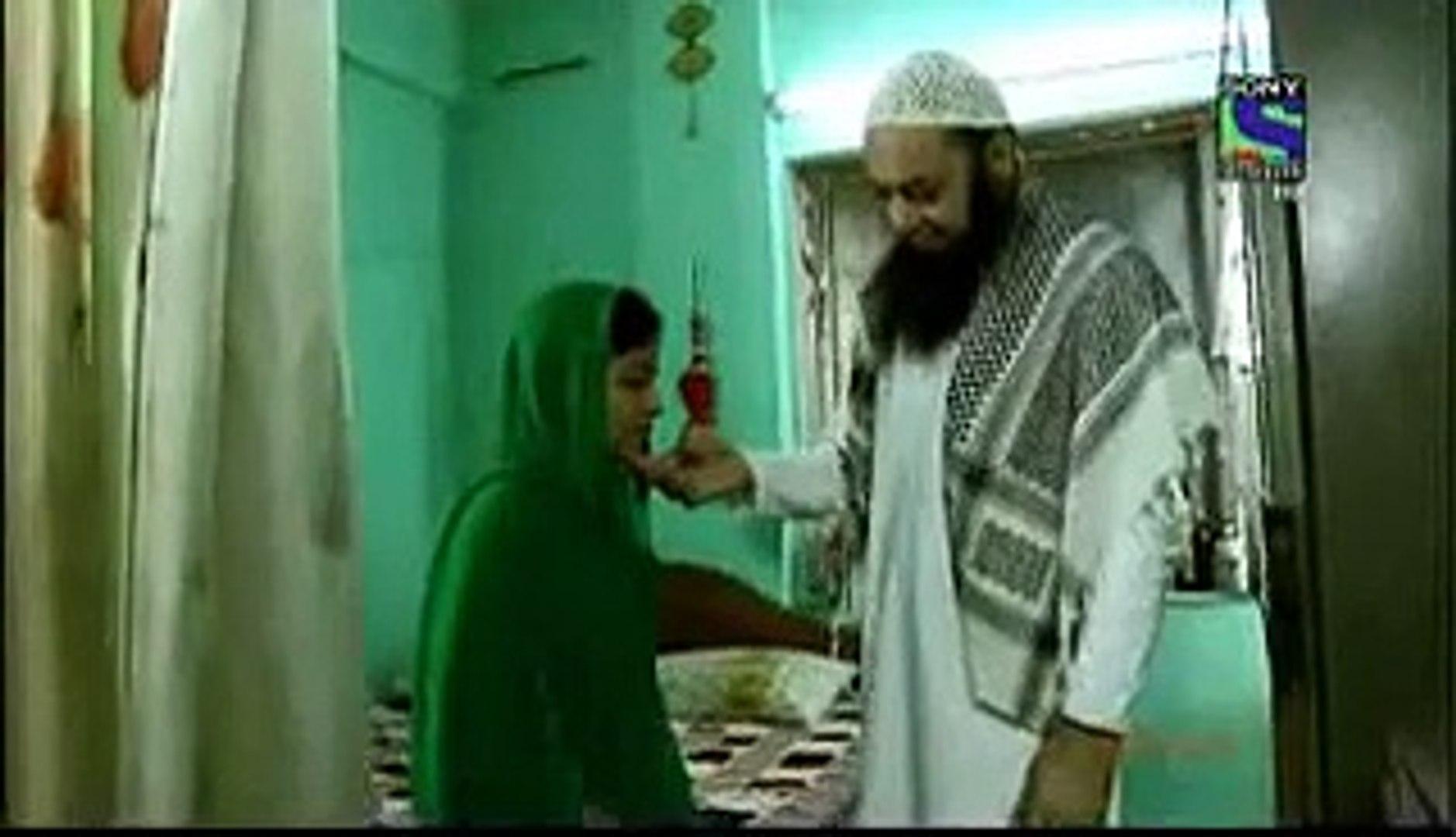 مولوی شریف کی 14 سالہ لڑکی کے ساتھ زیادتی کی ویڈیو منظر عام