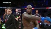 Un boxeur frappe l'arbitre par accident. Oups!!