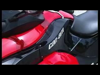 Can Am Spyder 3 wheeled Bike
