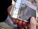 Telefoon en mp3 opblazen met vuurwerk