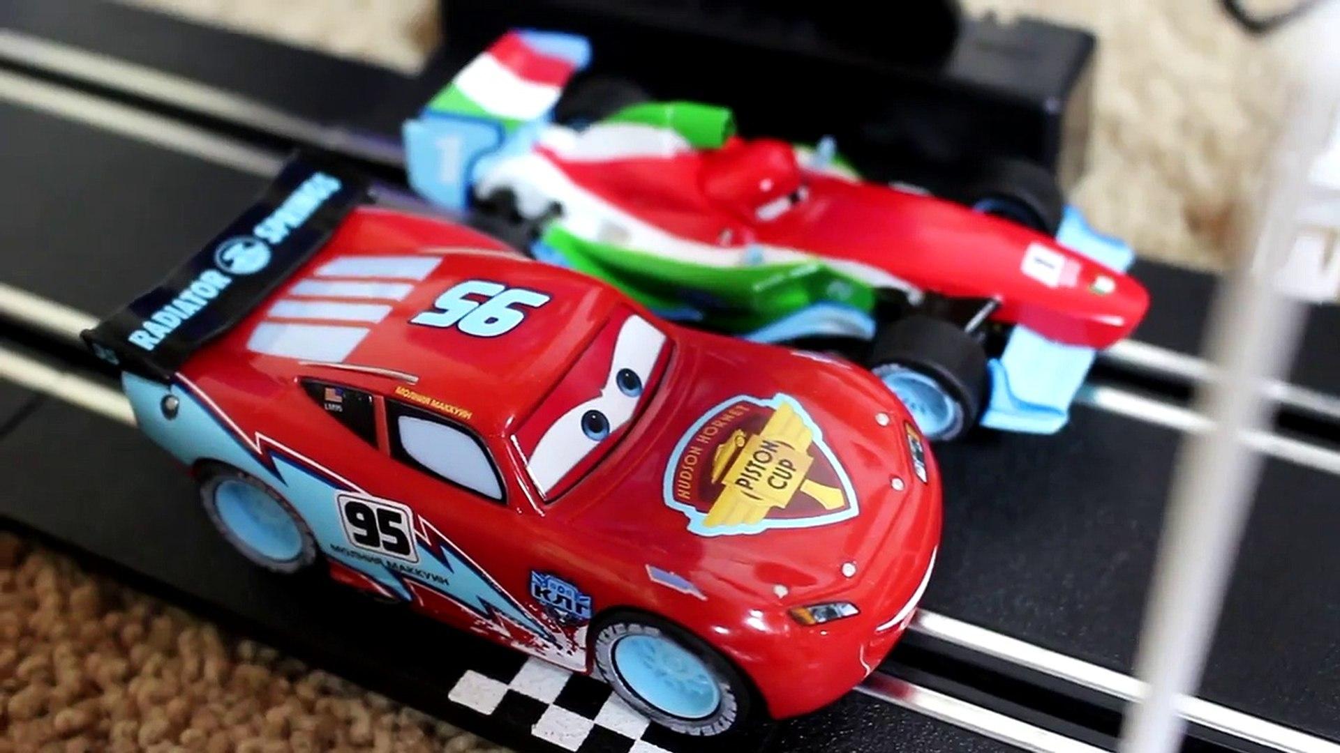 V/éhicule Cars Ice Racers Francesco Bernoulli