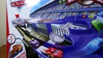Disney/Pixar Cars 2 Micro Drifters Fast Flip Transforming Raceway Toy