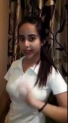 Check voice of a beautiful girl singing song