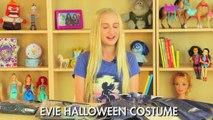 DIY Halloween Costumes: Disneys Descendants Mal & Evie