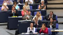 Sahra Wagenknecht, DIE LINKE: Wie Sie mit dem Steuergeld umgehen, ist verantwortungslos