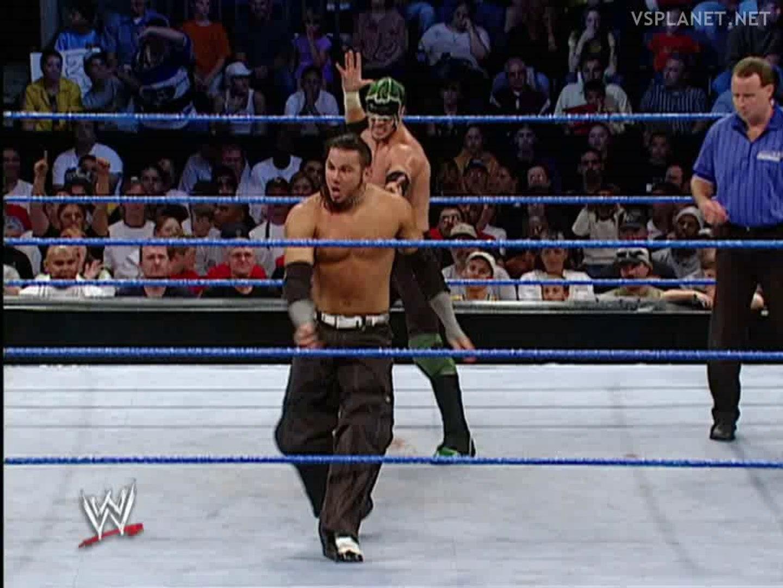 Matt Hardy vs Hurricane, WWE Smackdown 19.09.2002