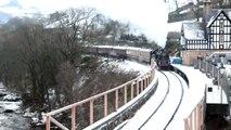Llangollen Railway Santa Special, Standard 4MT 2-6-4 T 80072 at Berwyn, 5.12.2010.