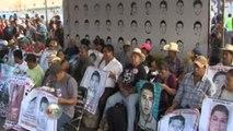 Carlos Elizondo. Hay miles de desaparecidos no sólo 43