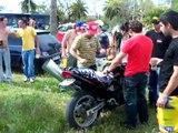 Motero corta jamon, hace palomitas y peta la moto jerez 2008
