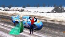 Elsa (Frozen) & Spiderman se baladent dans la neige avec Flash McQueen   Gameplay pour enfant