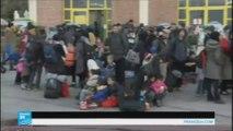 المفوضية الأوروبية تقر خطة لاستقبال مائة ألف لاجئ عالقين في اليونان