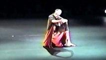 MOTHER  chor. Isadora Duncan (c.1923)  music: A. Scriabin