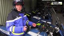 VIDEO. Démonstration du manteau airbag par les gendarmes motorisés du Loir-et-Cher