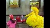 Sesame Street - Elmo Visits The Firehouse - video dailymotion