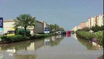 Intempéries rares aux Emirats : des voitures submergées à Dubai